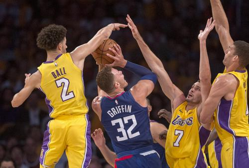 1020_SPO_LDN-L-LAKERS-CLIPPERS-1020