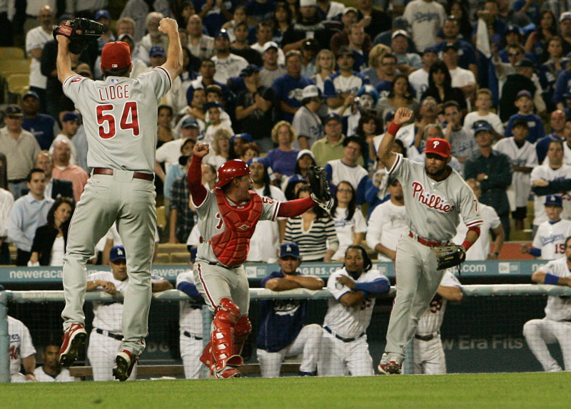 Philadelphia Phillies celebrate their 5 to 1 victory over the Los Angeles Dodgers during their NLCS Game 5 at Dodger Stadium in Los Angeles, Wednesday, October 15, 2008. (Hans Gutknecht/Daily News)
